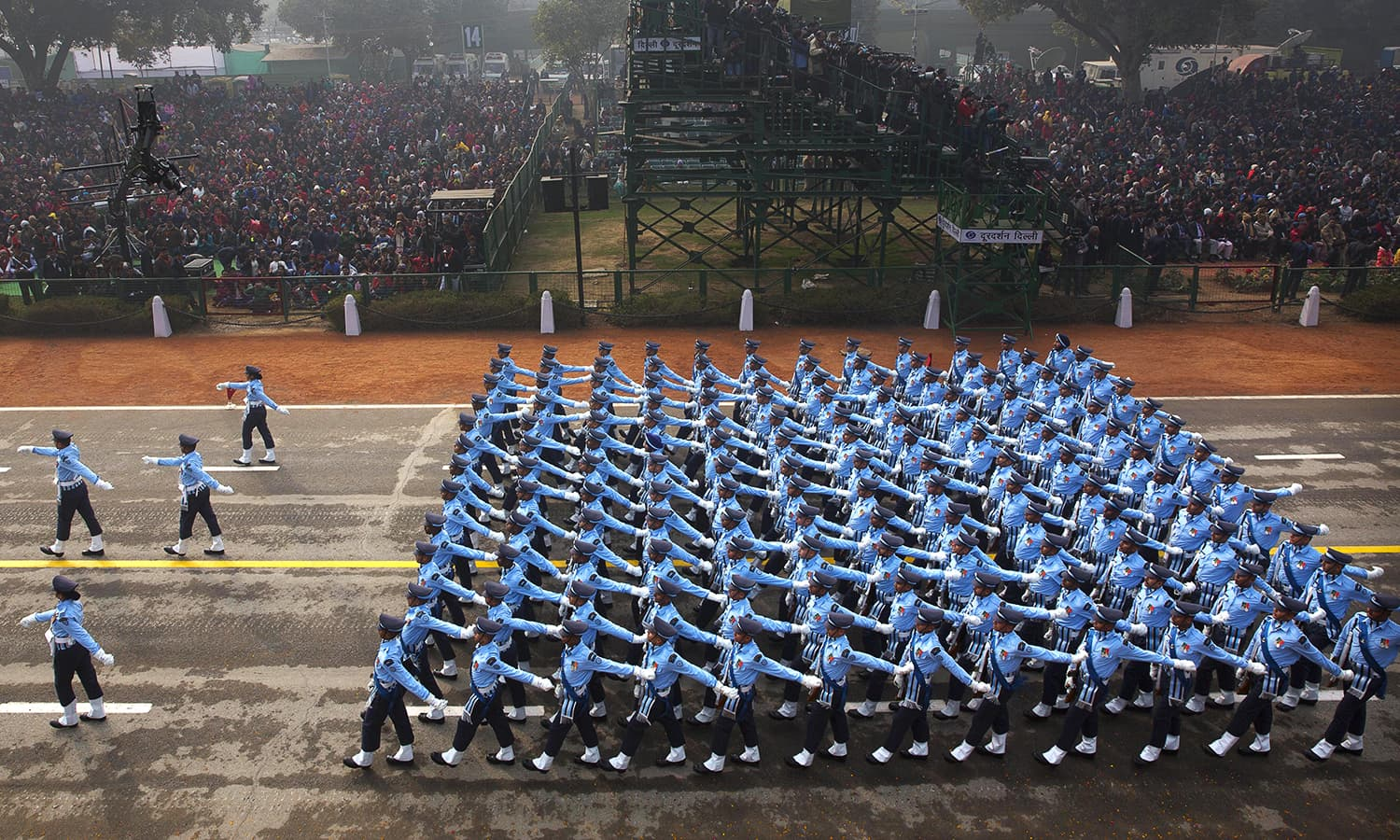 Indian security forces march during the parade. ─ AP