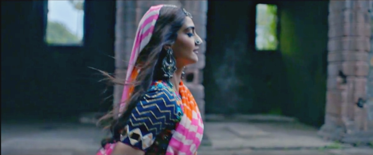 Sonam's bit - blink and you'll miss it!