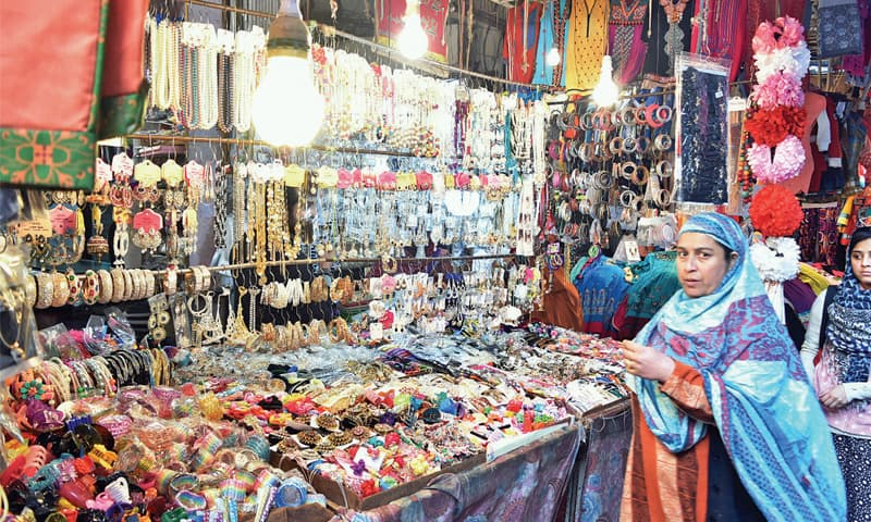 Jewellery and bangles are the most sought-after items in Moti Bazaar.