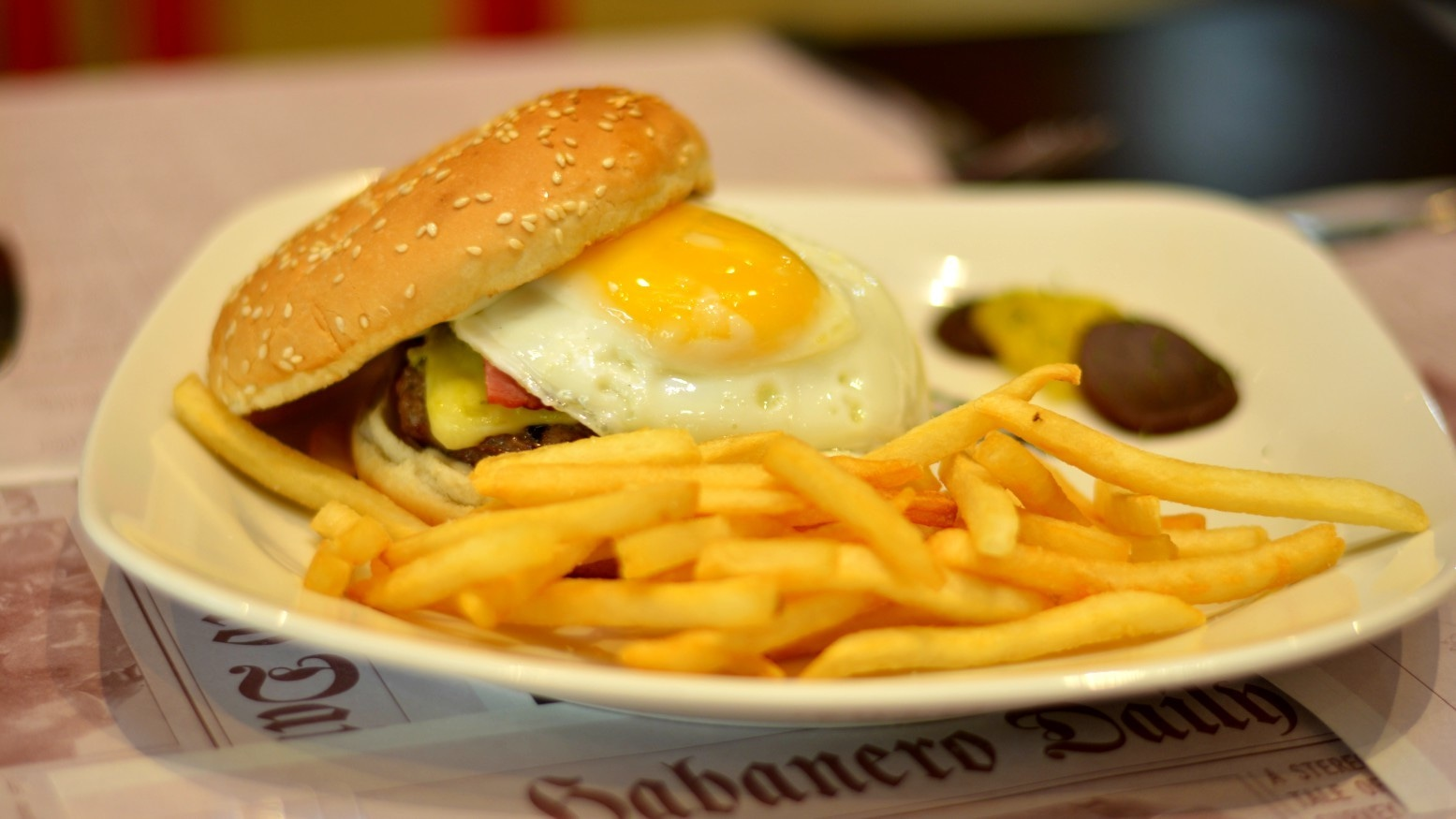 The Acapulco Burger seemed the work of technician, not chef - Publicity photo