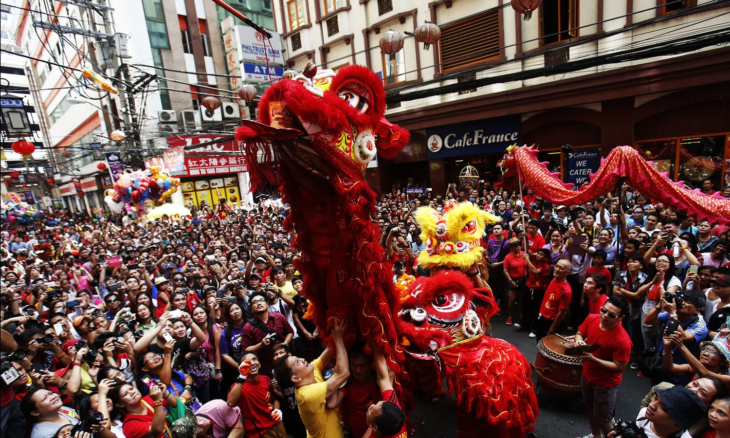 Chinese new year celebrations world dawn com for Chinese new years parade