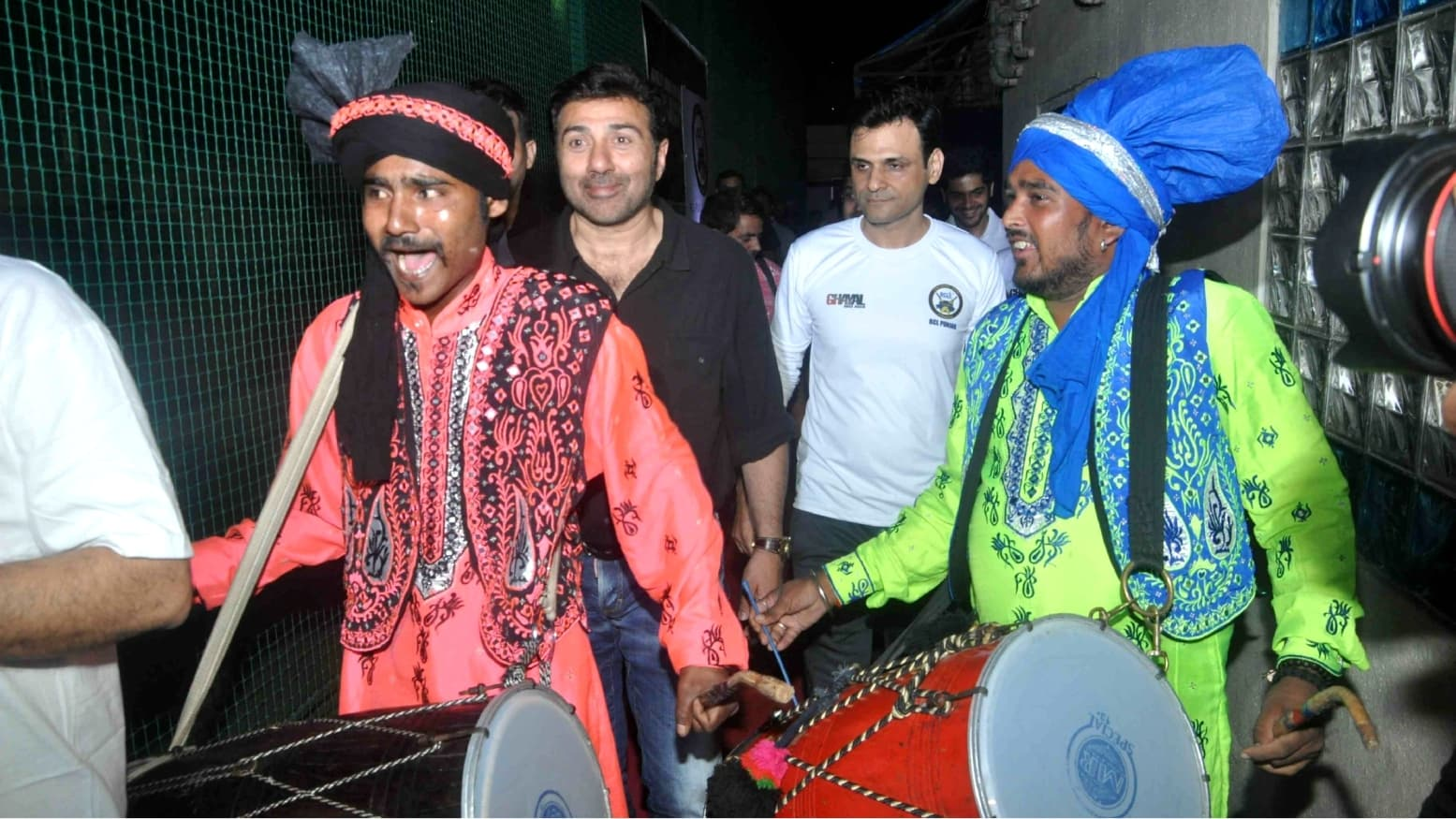 Sunny Deol at a Ghayal Once Again promotional event - Photo courtesy Indiglamour