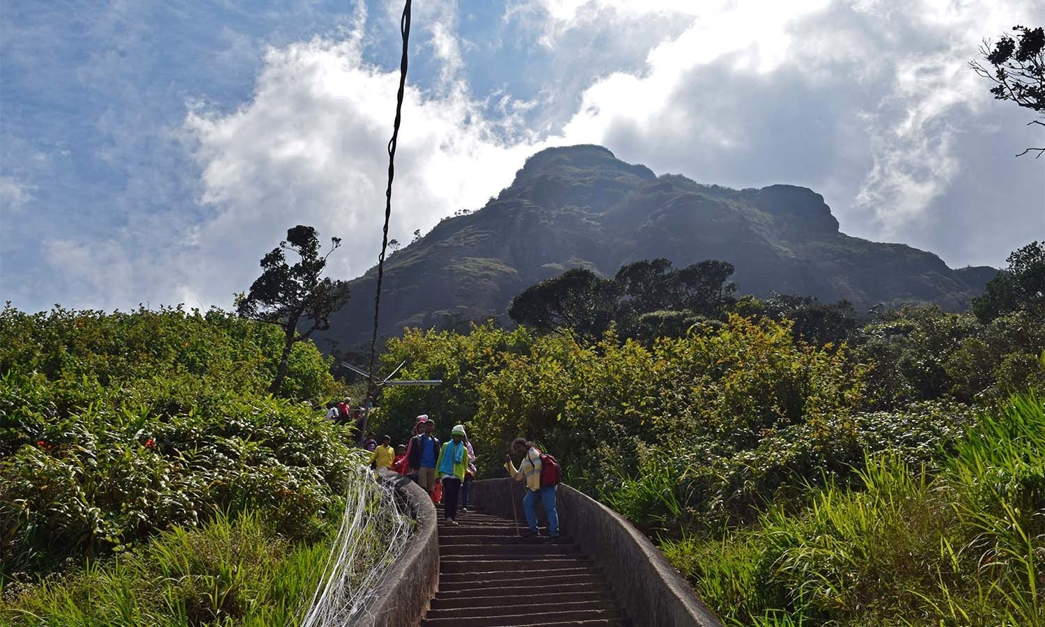 A steep ascent to Adam's Peak. ─ Photo by author
