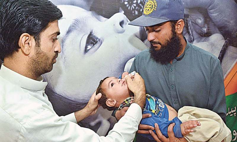 IGP Sindh has issued instructions for providing comprehensive security cover to anti-polio teams in Karachi. ─ APP/File