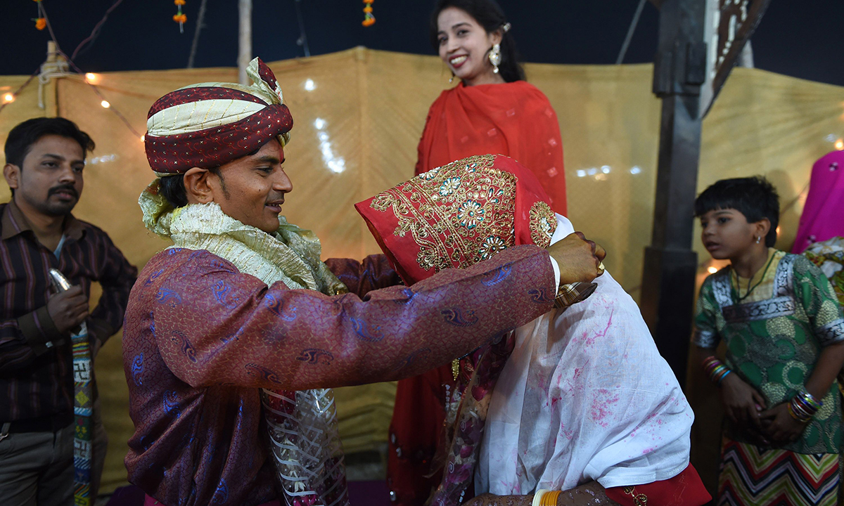 Hindu marriage bill — all talk, no action