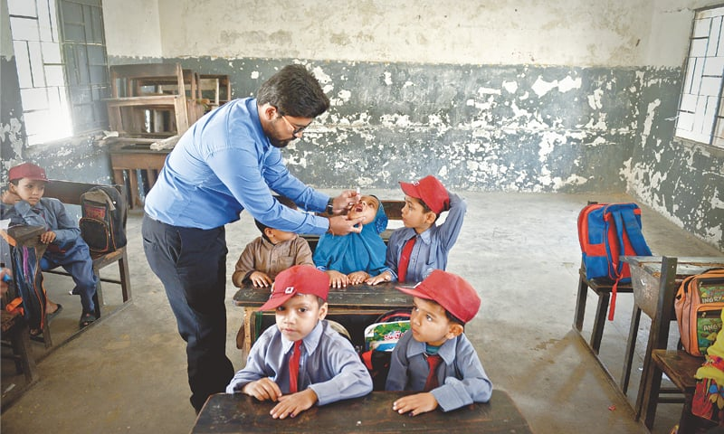 Over 2.2 million children to be vaccinated against polio in four-day Karachi drive