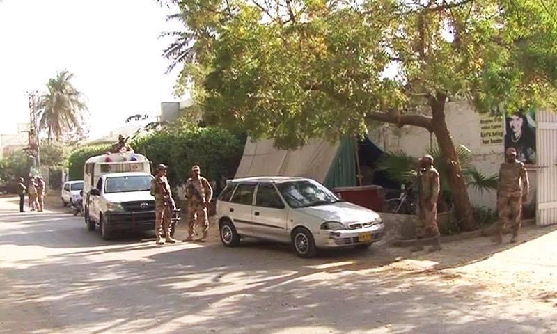 ڈاکٹر عافیہ صدیقی کے گھر کا بیرونی منظر۔ — فوٹو: ڈان نیوز