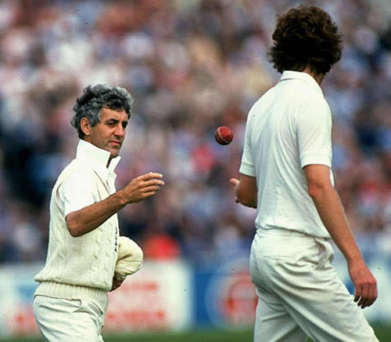 Mike Brearly, 1981: He was considered more of an intellectual than a batsman. As a captain, he twice took the England team to the top, especially during a shaky period in the country's politics and economics.
