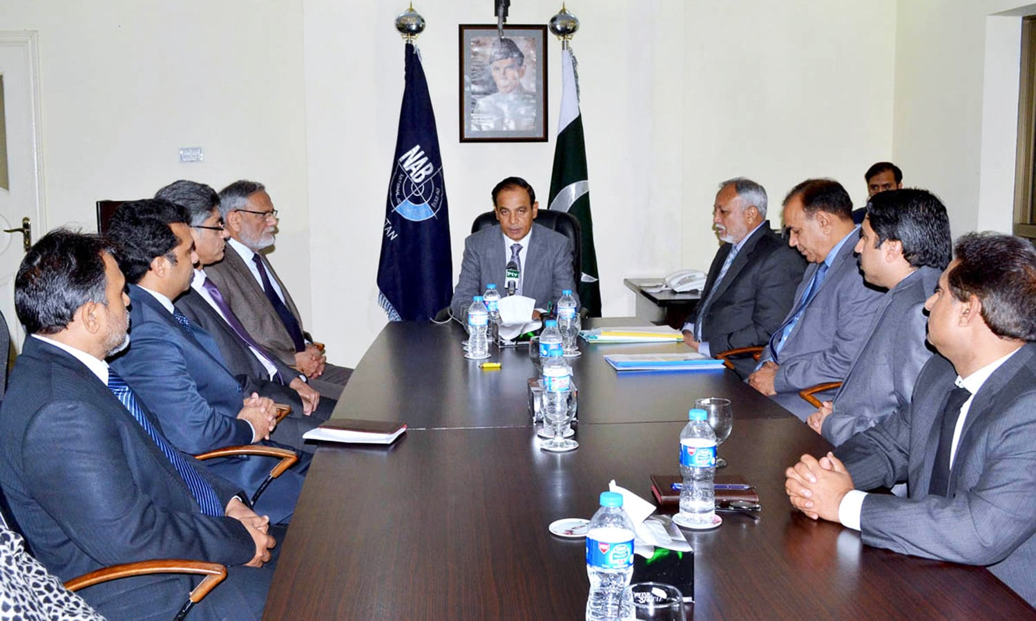 MULTAN: National Accountability Bureau Chairman Qamar Zaman Chaudhry presiding over a meeting during his visit to the bureau's regional office here to review its performance on the basis of the annual inspection conducted by an inspection and monitoring team.—APP