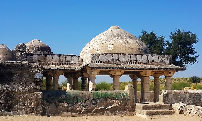 Secrets of Thar: A Jain temple, a mosque and a 'magical' well