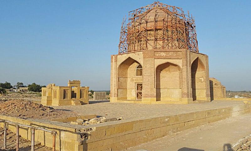 The Mir Sultan Ibrahim tomb in Makli.—Dawn