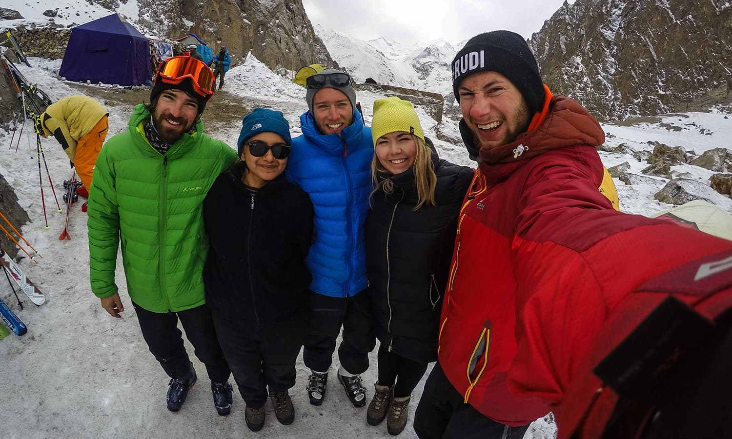 Selfie with Austrian skiing instructors Stefan and Andreas, Henriette from Norway, German photographer and filmmaker Jan. — Photo by author