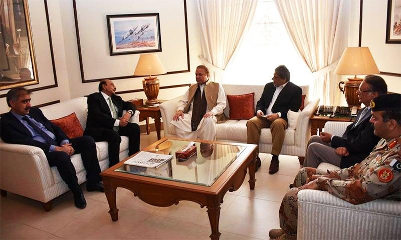 PM Nawaz Sharif meets CM Qaim, Governor Sindh Ishratul Ibad, DG Rangers Maj Gen Bilal Akbar and others. ─ PM Office