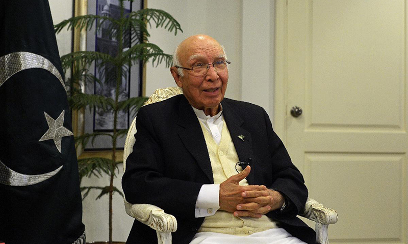 Aziz admits Pakistan housing Afghan Taliban leaders