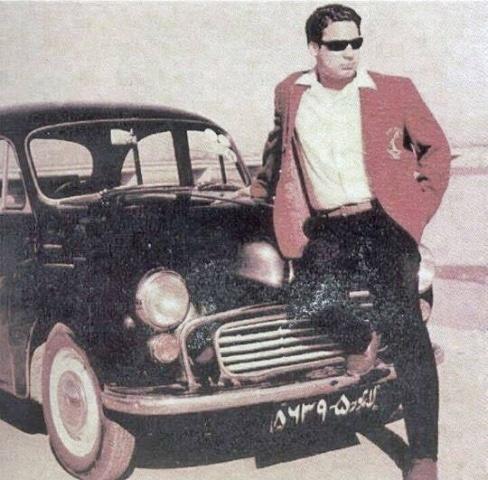 Future Pakistan Prime Minister, Nawaz Sharif, on Lahore's GT Road, 1972.