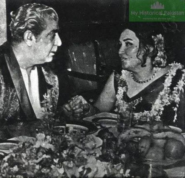 Yayah Khan with famous Pakistani singer, Noor Jehan in 1969. Yayah lost power in 1971.
