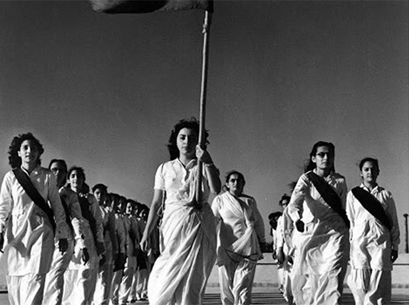 Students in Karachi celebrate the creation of Pakistan (1947).