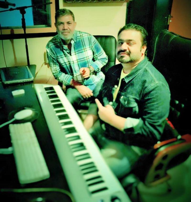 Ashir with ace composer Sahir Ali Bagga who's behind the music of Maalik - Photo courtesy Maalik's Facebook page