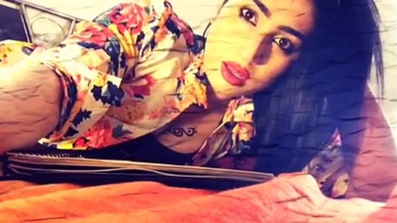 What is Pakistan's problem with Qandeel Baloch?