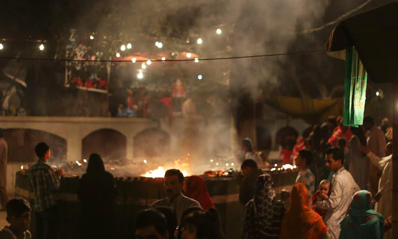 لاہور میں میلہ چراغاں کا ایک منظر—سید کمیل حسن