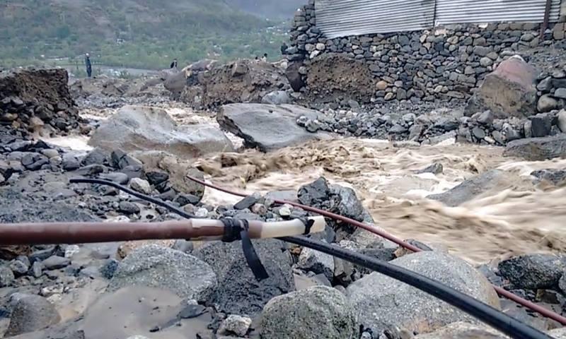 Flooding in Gilgit. ─DawnNews