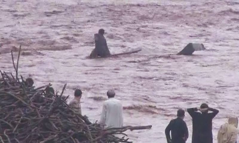 Peshawar after flooding and rainfall. ─DawnNews