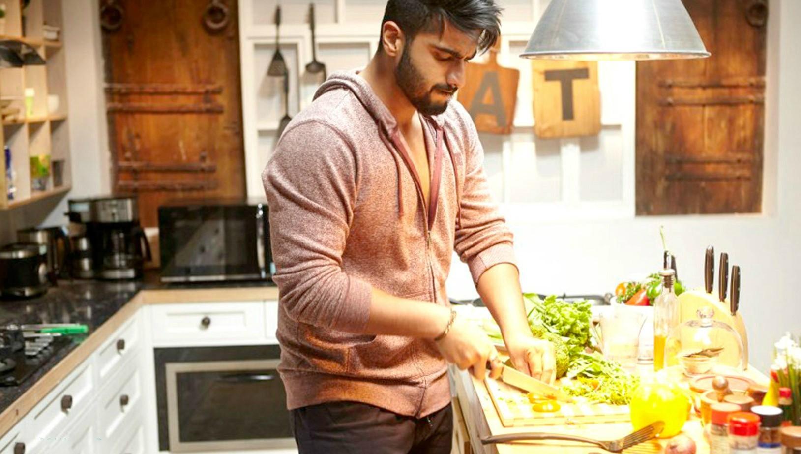 Arjun Kapoor plays a man who feels homekeeping is an art