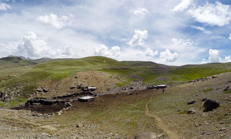 A Gujjar encampment.