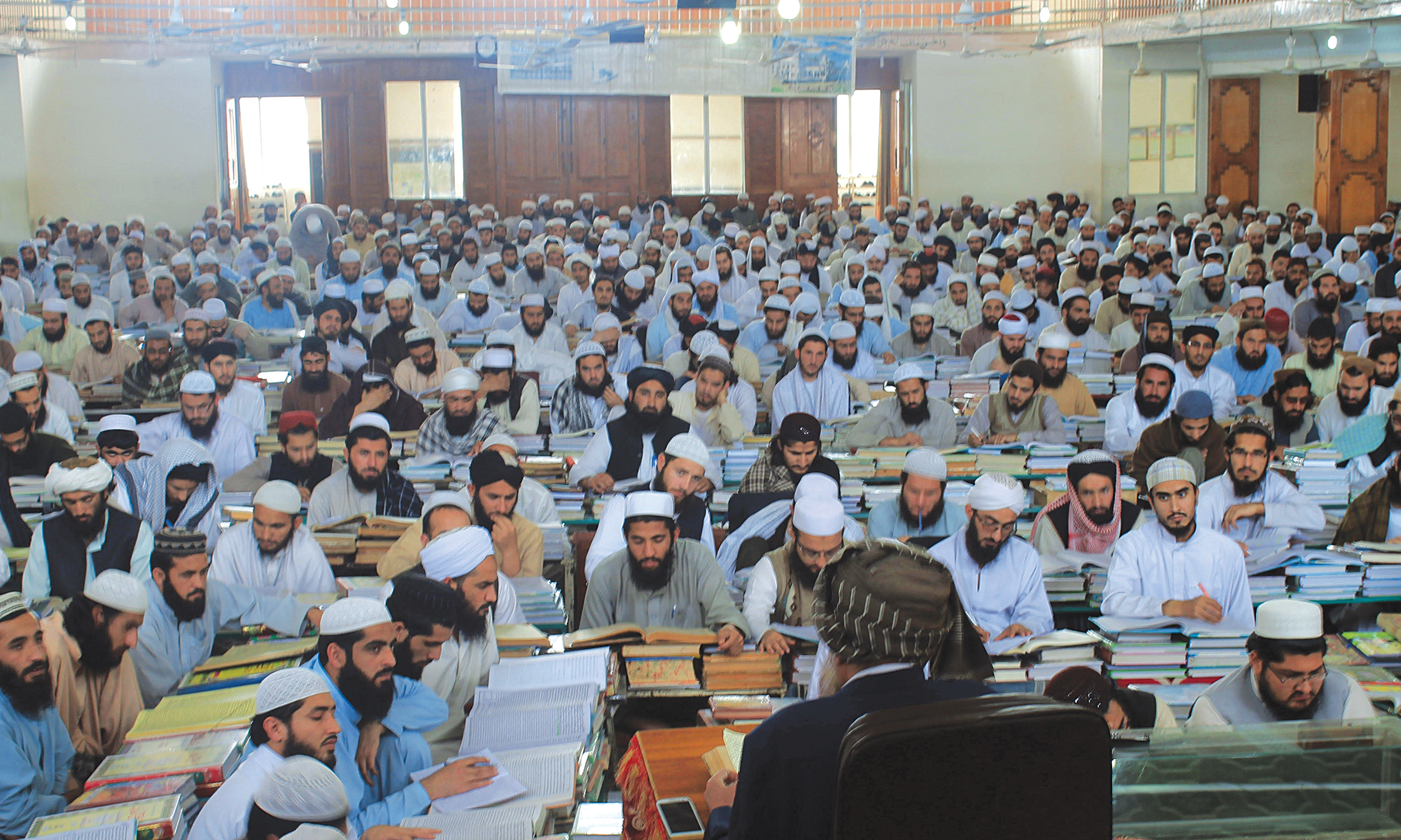 A mega class room at a madrasa |Ghulam Dastageer