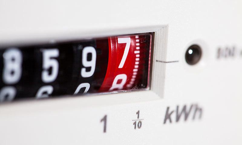 بجلی کے بل میں کمی لانے والے 6 طریقے
