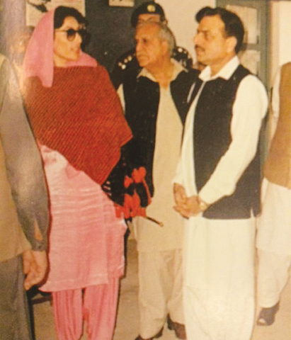 A leaf from history: Friends and enemies - Newspaper - DAWN COM