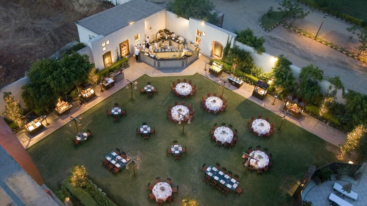 Baradari offers a buffet under an open sky