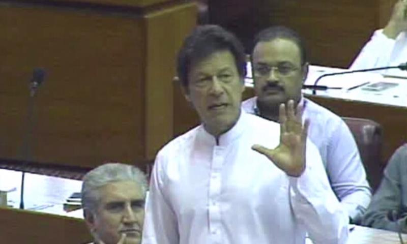 پاکستان تحریک انصاف (پی ٹی آئی) کے چیئرمین عمران خان—۔ڈان نیوز