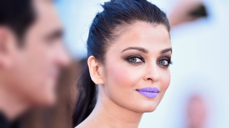 Aishwarya thinks her purple lips at Cannes were 'art'