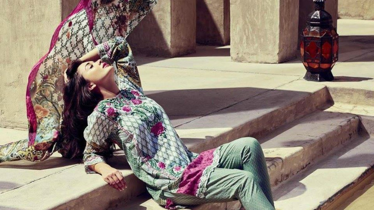 Elan lawn would go to waste on the steps of these Marrakech ruins