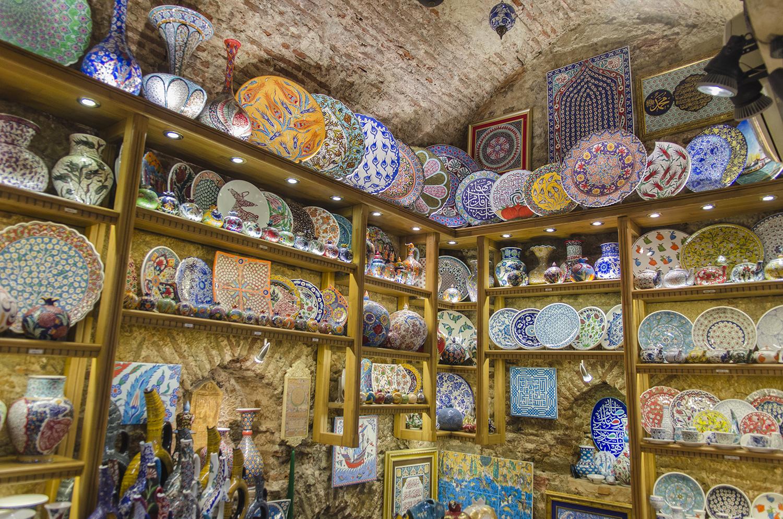 A souvenir shop in the Grand Bazaar.