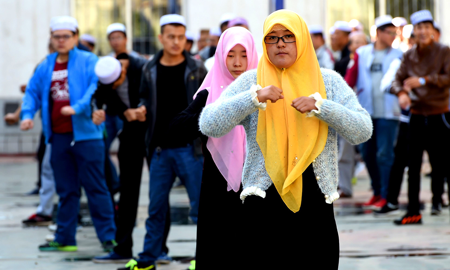 yinchuan muslim Chinese muslims gather at the nan guan mosque for the eid morning prayers during the sacrificial eid al-adha festival in yinchuan, northern china's ningxia province.