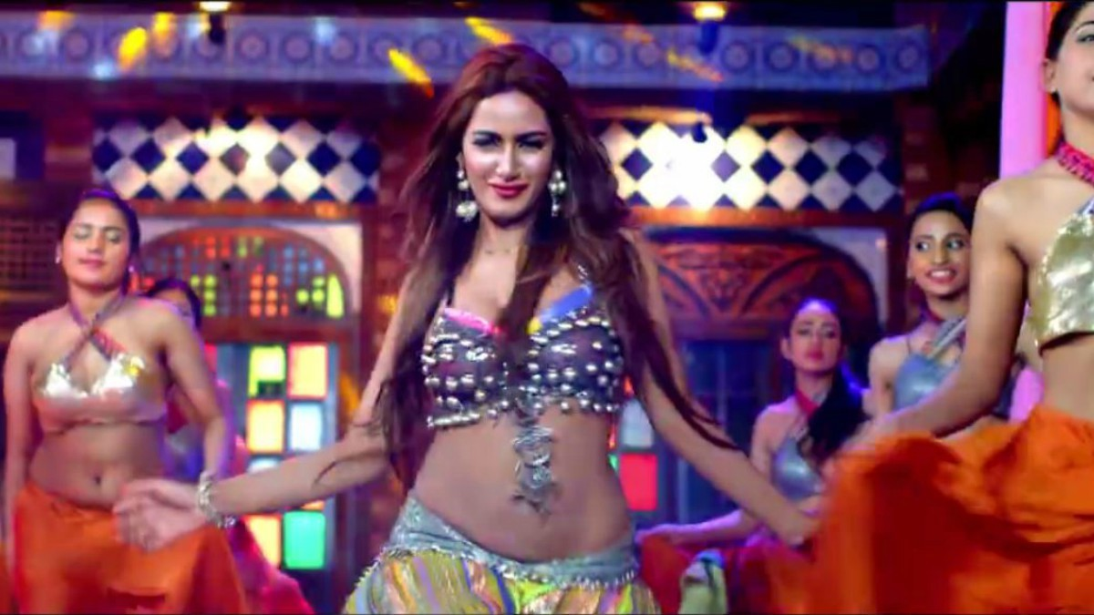 It's a very nice *chikni jawani* that you guys will see, says Mathira of the song