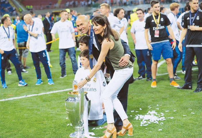 Zinedine Zidane Family 2014 Zidane assured ...