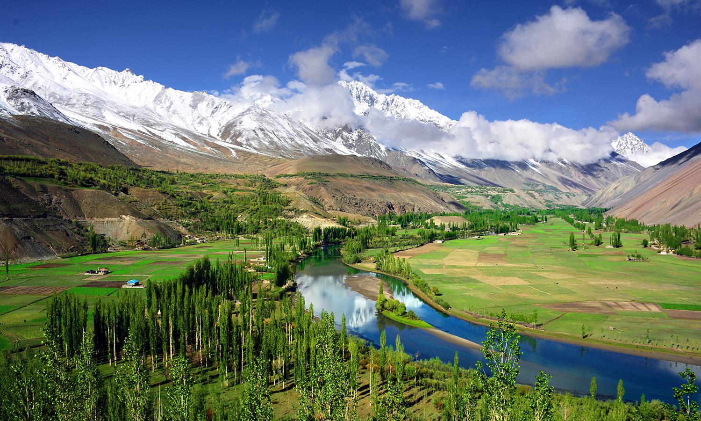 Phandar Valley, Ghizer. — Photo by Muzaffar H. Bukhari