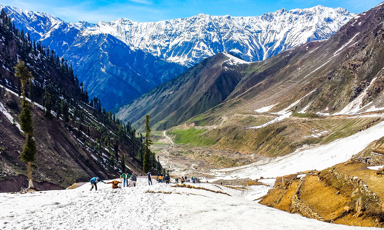 Naran, Kaghan Valley. — Photo by Talha Hanif
