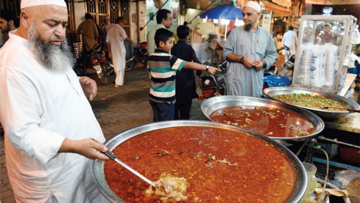 Coming to life at night, Pindi's Kartarpura food street offers traditional sehri options