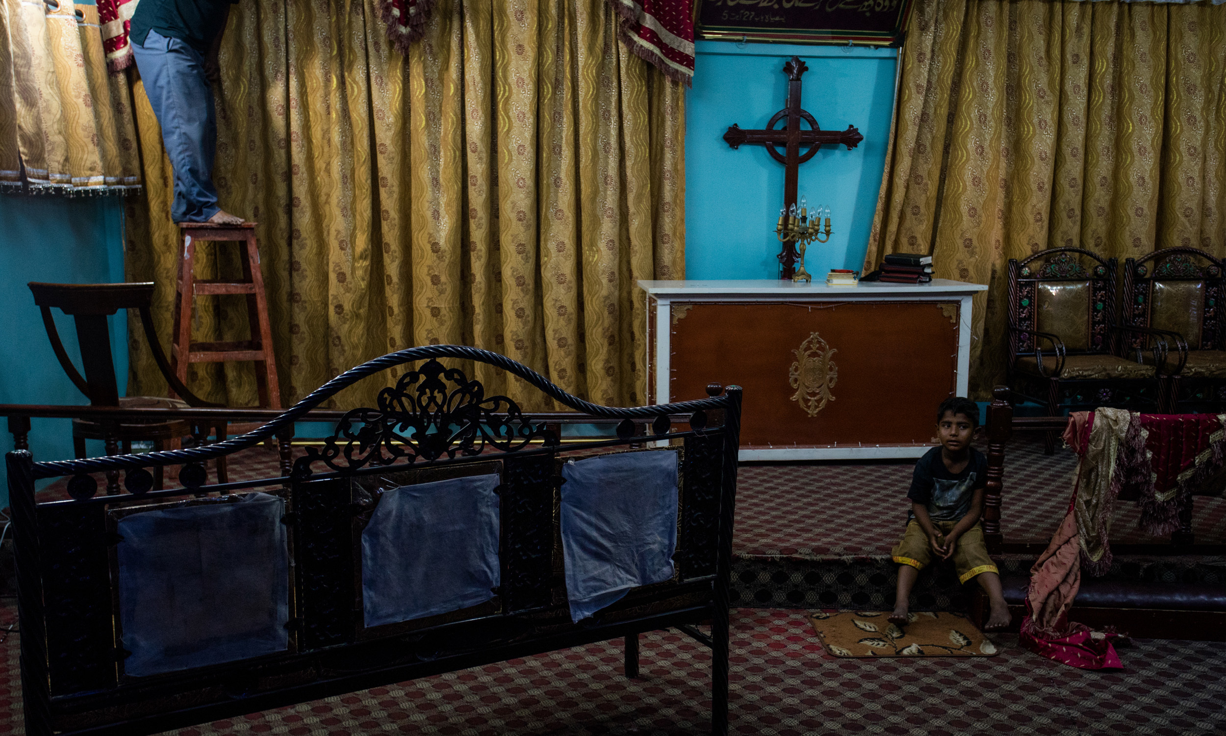 A church being set up for Sunday mass in Narayanpura| Mohammad Ali, White Star