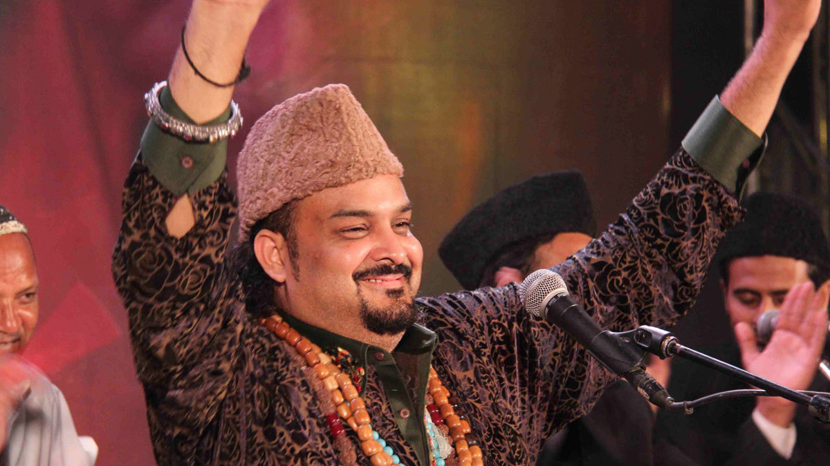 "Indian fans mourn Amjad Sabri, dub him the ""Rockstar of Qawwali"""