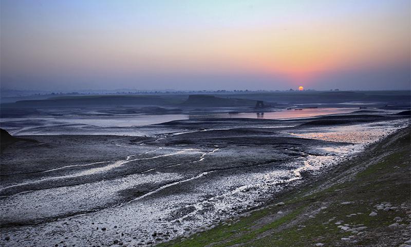 Landscapes of Mangla Lake 2008