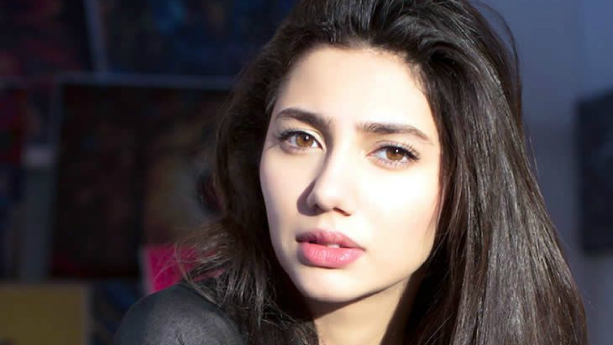 What does Bollywood think of Pakistani actresses working in India?