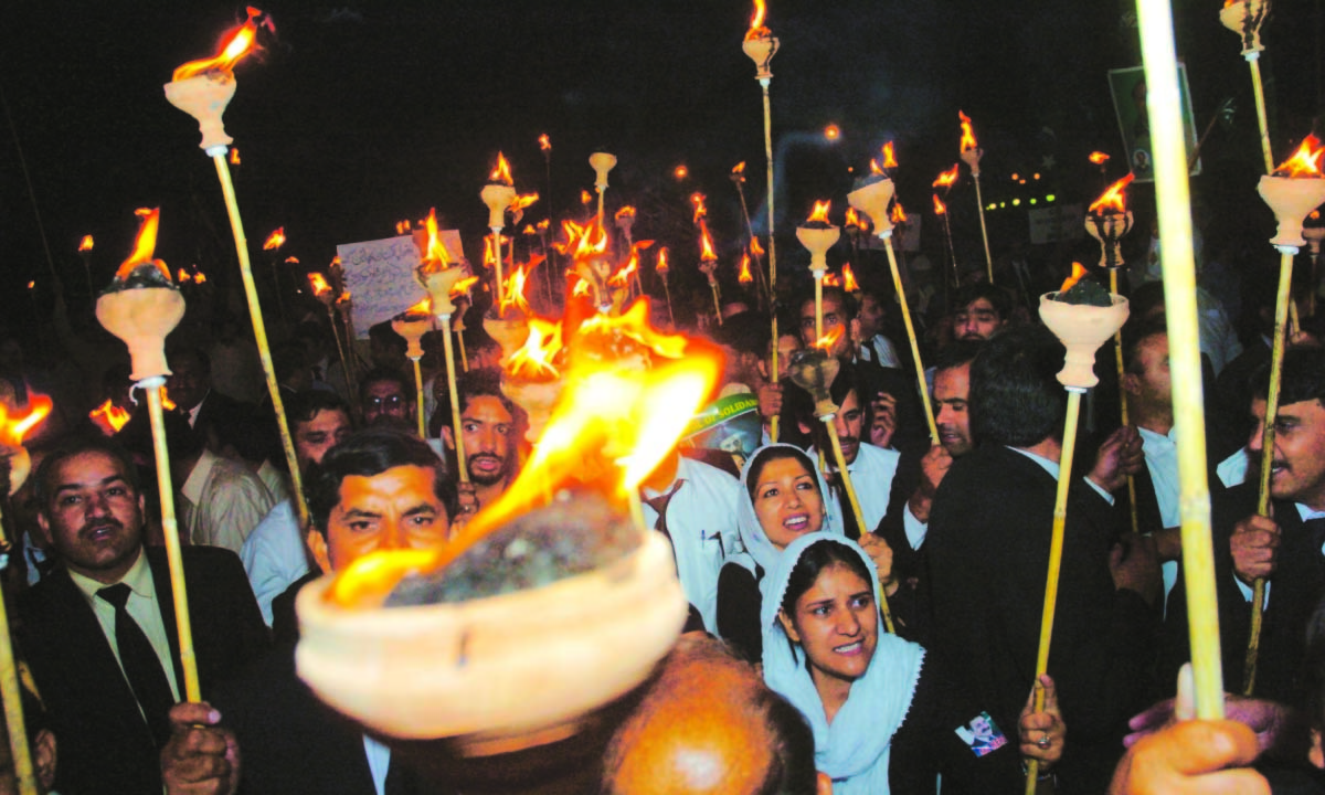 Lawyers protesting in Karachi for the restoration of judiciary| Tanveer Shahzad, White Star