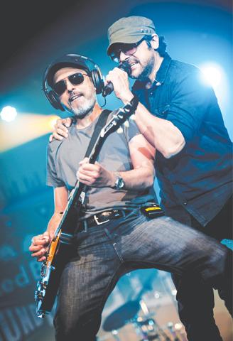 Strings' Bilal Maqsood and Faisal Kapadia