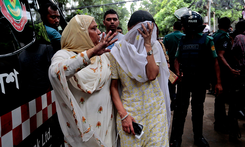 Dhaka cafe attackers spared hostages who could recite Quran