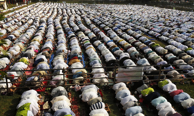 Kashmir celebrates Eid with Pakistan
